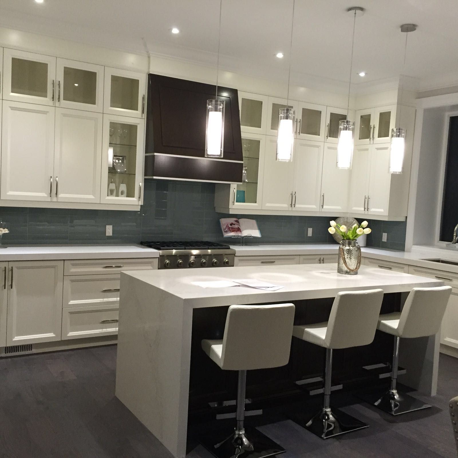 most traditional kitchens are based on four main kitchen layouts i e galley corridor l on t kitchen layout id=71396