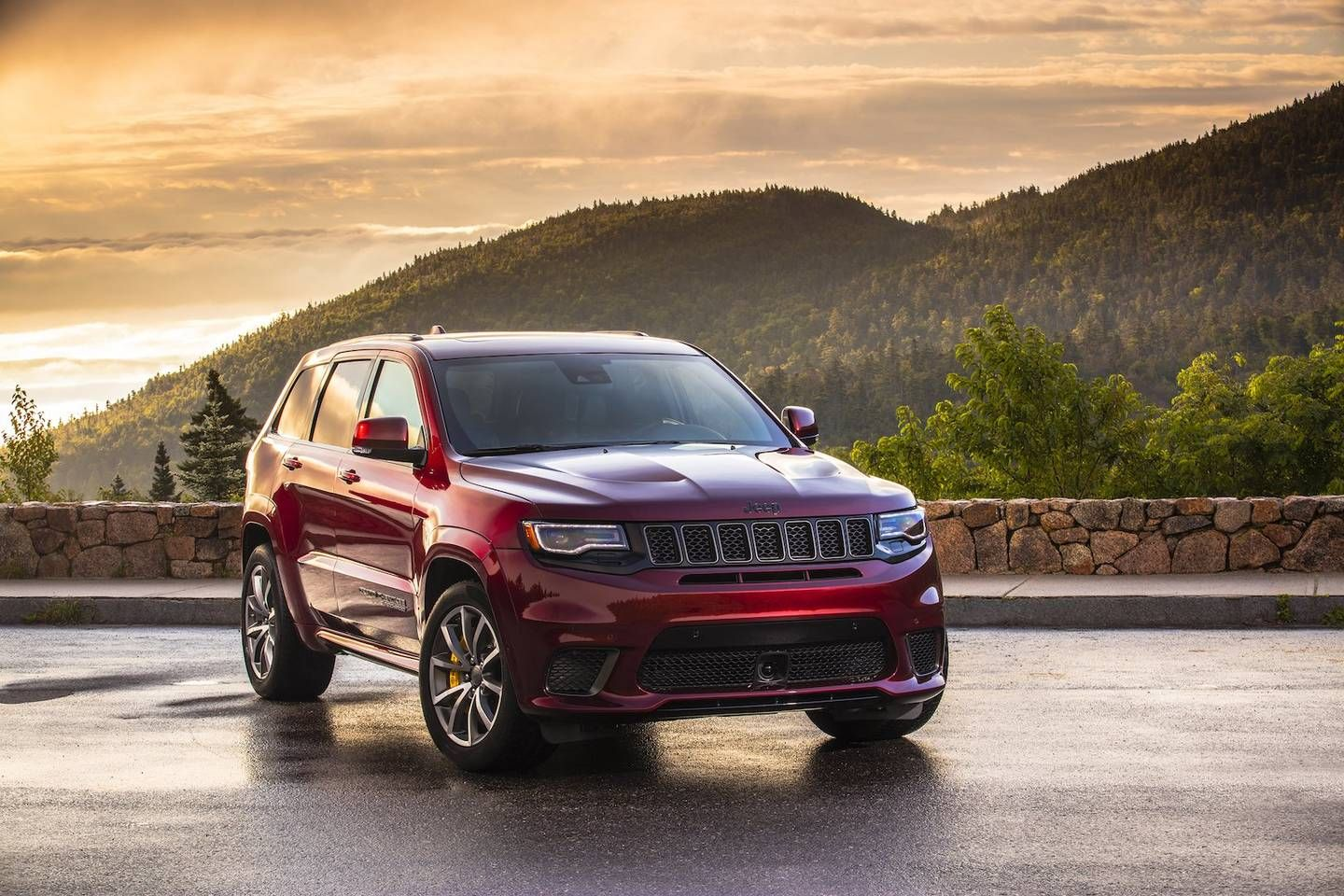 2018 Jeep Grand Cherokee Trackhawk Review The Hellcat Jeep