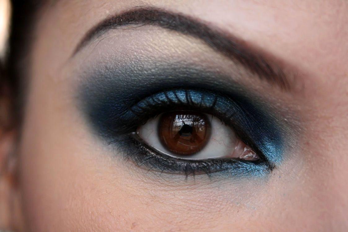 коврик сине карие глаза фото ассоциируют