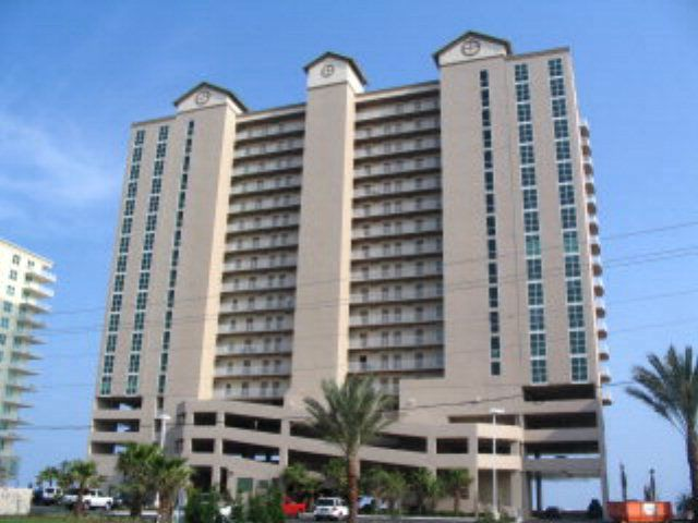 Find information for all condos for sale in Crystal Shores West of Gulf Shores, AL., including active listings, property details, and photos for Crystal Shores West real estate.