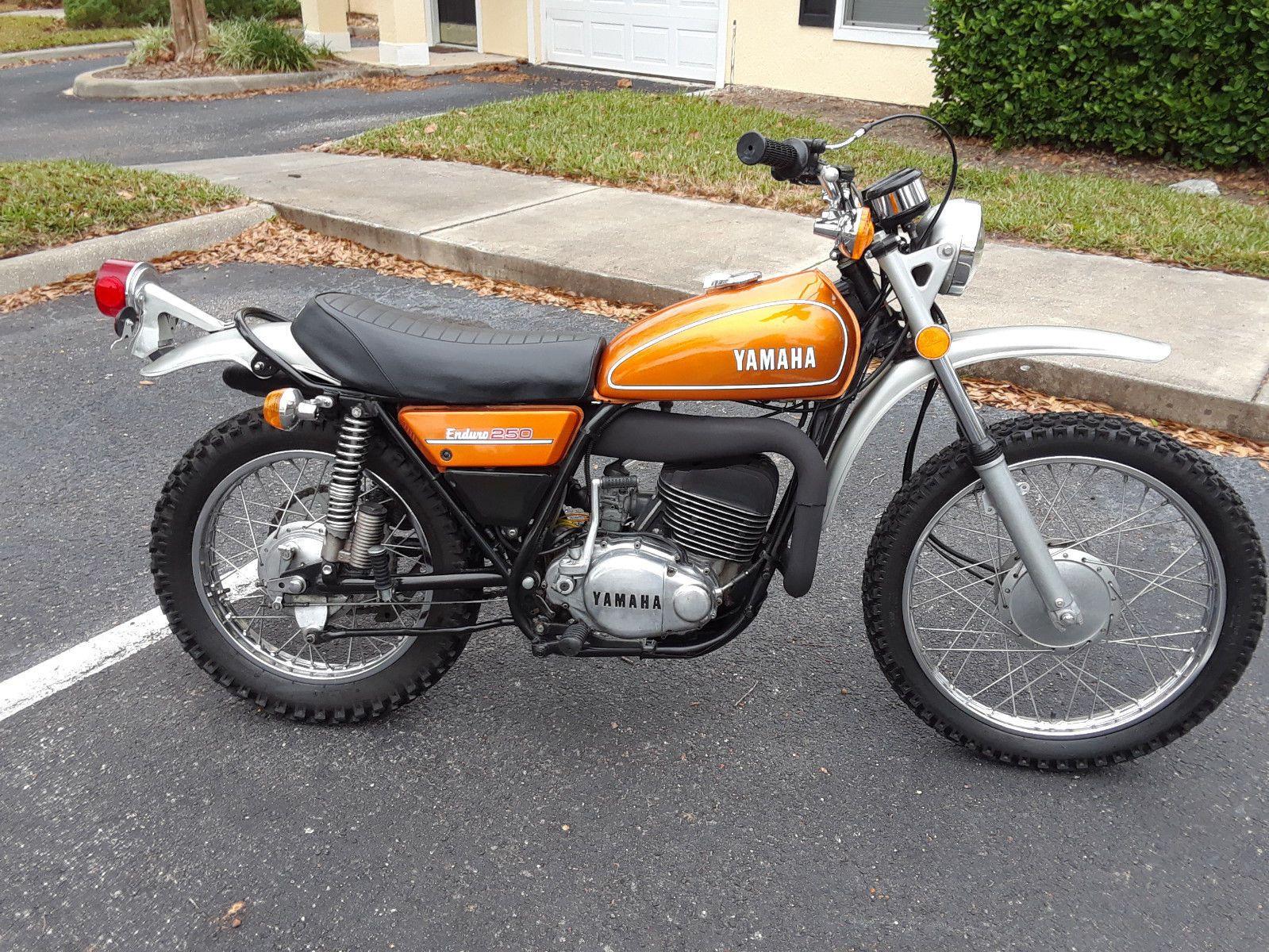 1974 Yamaha Dt250 Ebay Enduro Motorcycle Dirt Motorcycle Yamaha Bikes