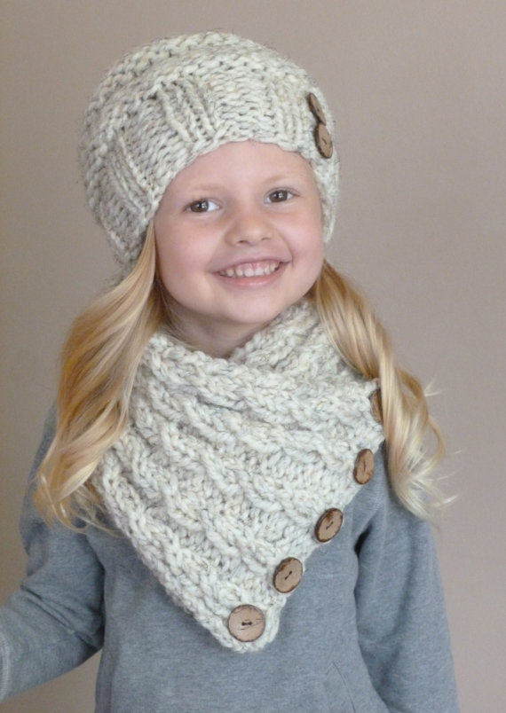 Hand Knit Toddler Slouchy Beehive Hat and Cabled Neckwarmer Set in ...