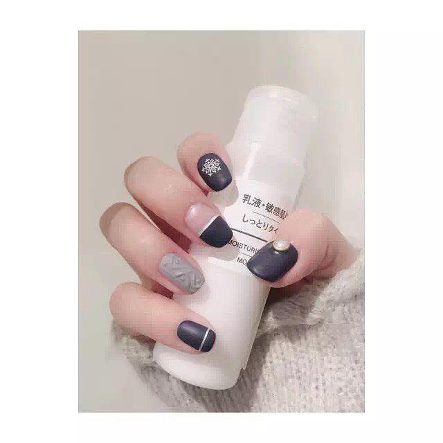 Stay Warm#nail #nails #nailart #nailpolish #naildesign #nailswag #manicure #fashion #beauty #nailstagram #nailsalon #instanails #nails2inspire #love #ネイル #art #gelnail #cute #gelnails #polish #style #gel #naildesigns #instanail #pretty #girl #nailtech #knitting #christmas #snowflakes