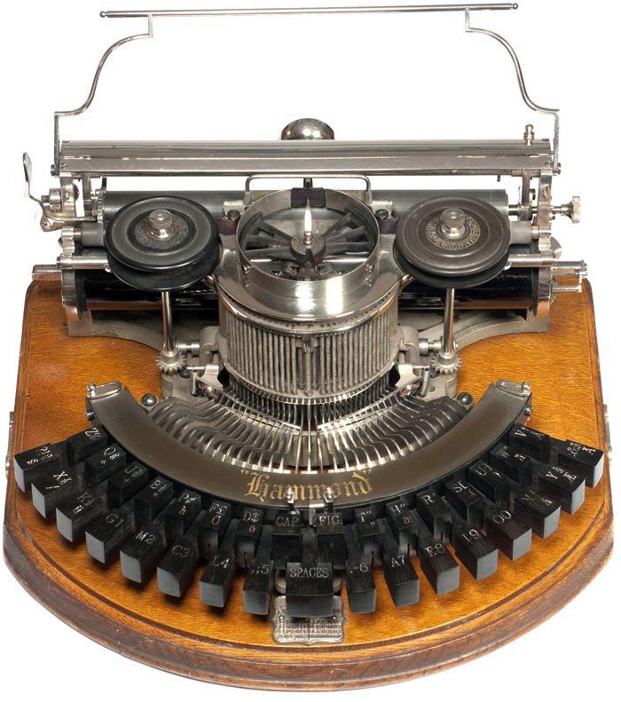 Hammond 1b   The Hammond Typewriter Company, New York  1886 - serial no.16752