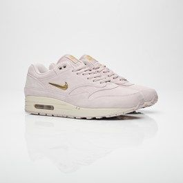outlet store db4b4 a47e9 Nike - Sneakersnstuff   sneakers   streetwear på nätet sen 1999