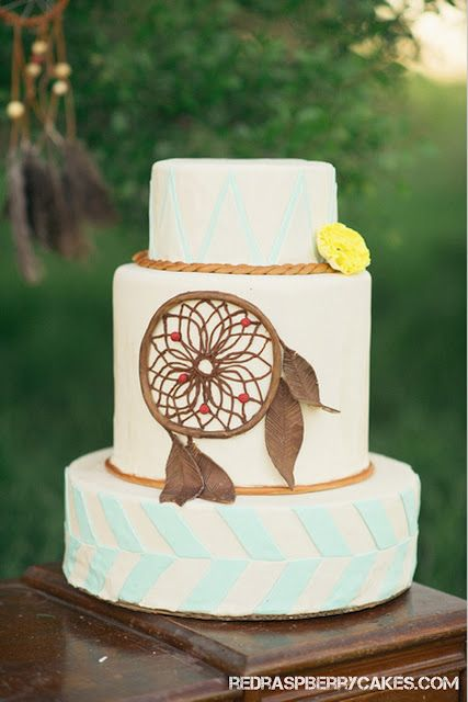 boho wedding cakes dreamcatcher hippie wedding cake weddings 12084