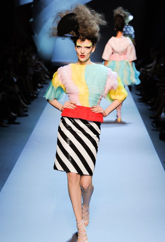 0563a86ac3f Christian Dior Haute Couture inspired by Memphis Milano Movement