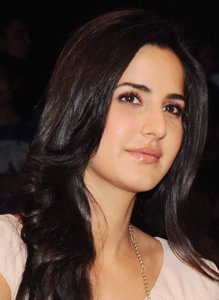 Katrina Kaif Height, Age, Boyfriend, Family, Biography -5429