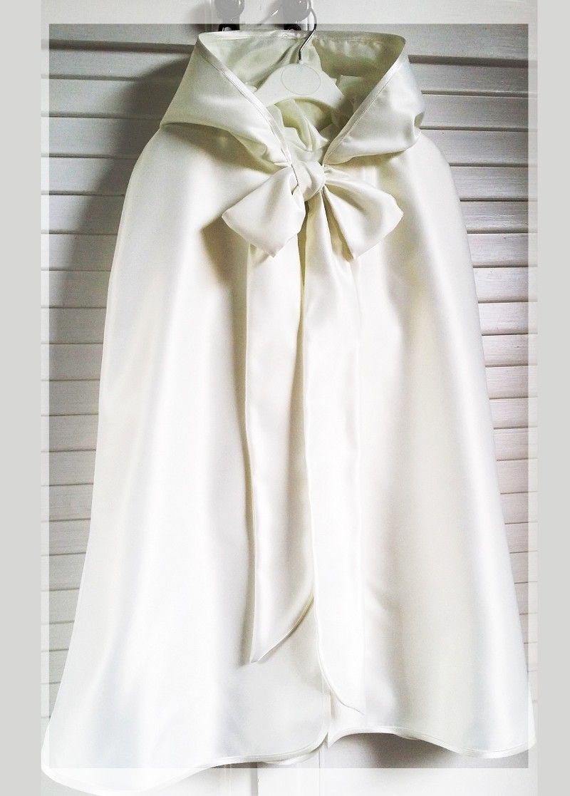 Ivory Baptism Cape | Baby clothes and smocking dresses | Pinterest ...