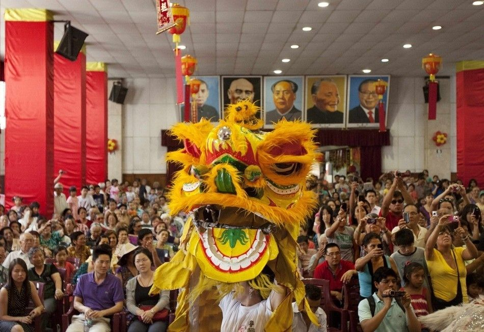 59 Pictures Of Chinese New Year's Celebrations From Around