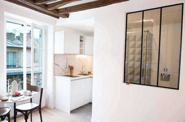 studio paris 9 16 m2 totalement r nov s par un architecte d 39 int rieur studio small spaces. Black Bedroom Furniture Sets. Home Design Ideas