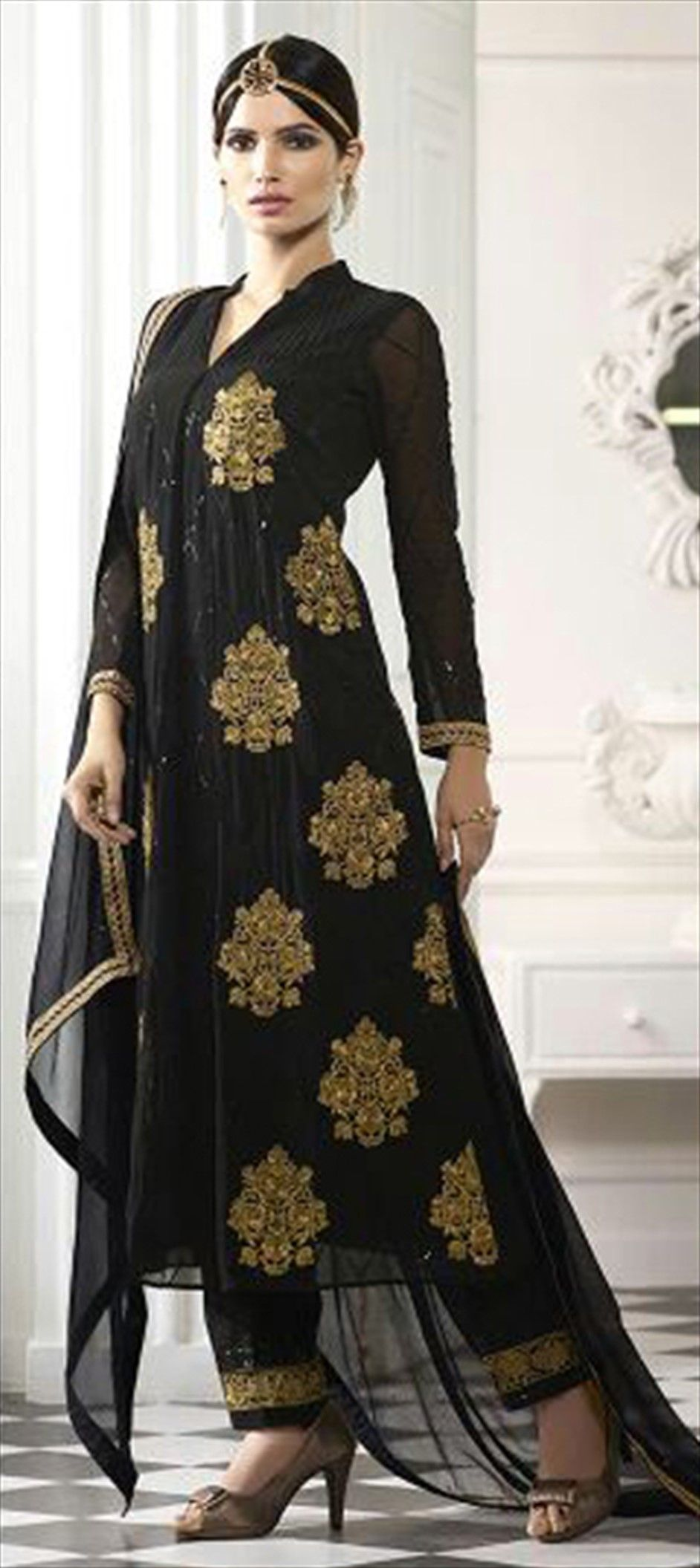 5f125b5198 465061: Black and Grey color family semi-stiched Party Wear Salwar Kameez .