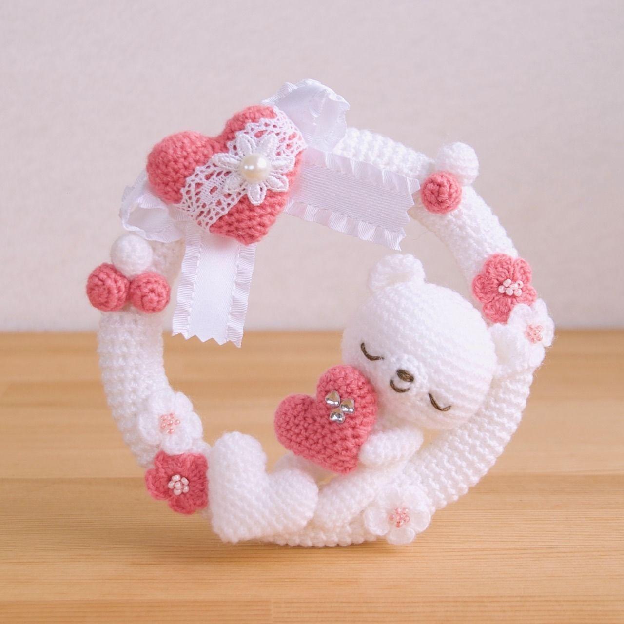 pingl par alma wancura sur valentine pinterest couronne crochet couronnes et doudous. Black Bedroom Furniture Sets. Home Design Ideas