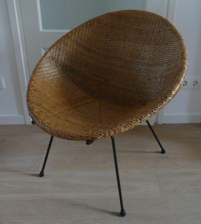 Retro rotan stoel kuipstoel tuinstoel riet 50 bieden for Zwarte tuinstoelen