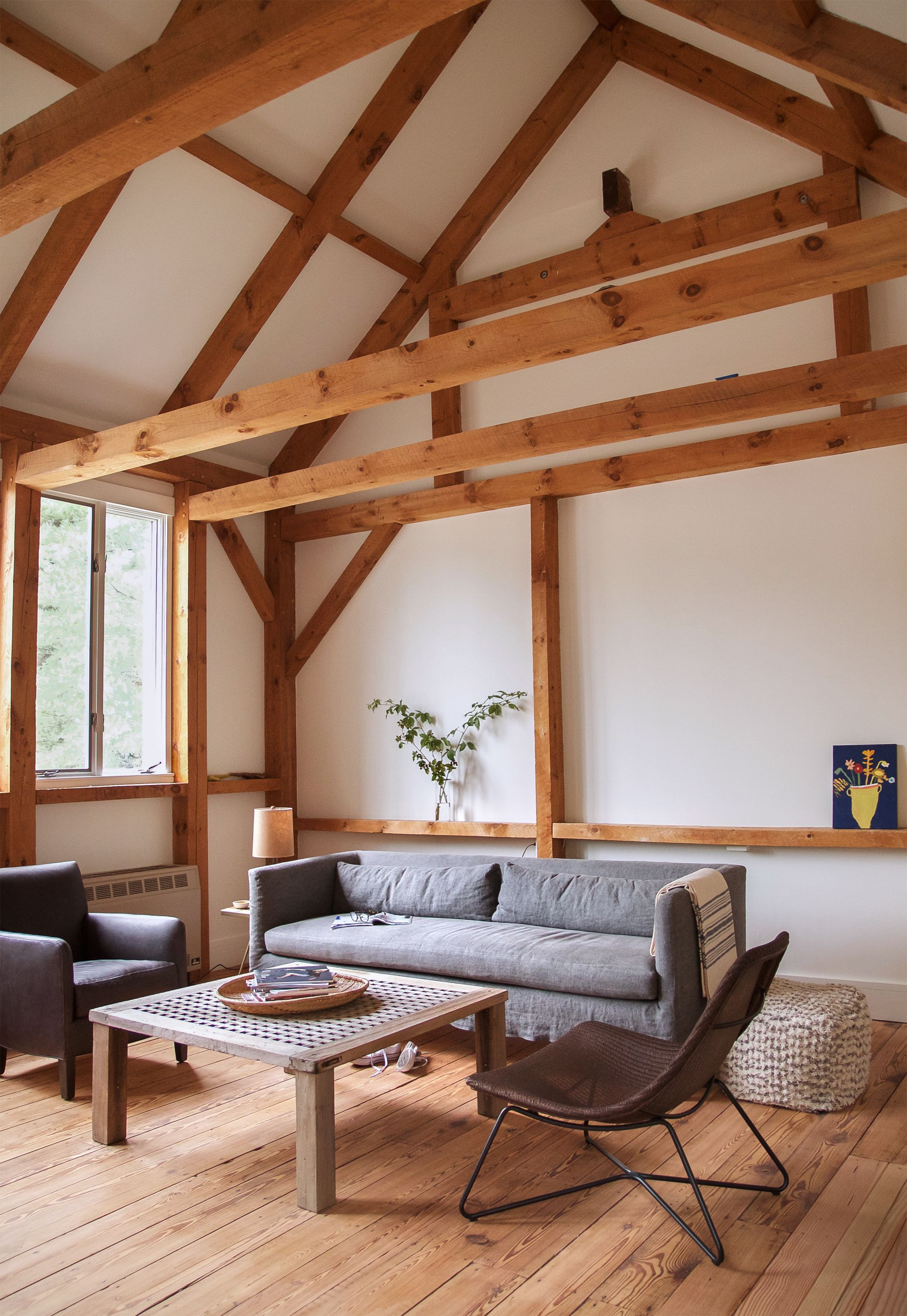 An Artist's Cottage In Truro Ma Gets An Overhaul From A Boston Custom Living Room Boston Design Decorating Inspiration
