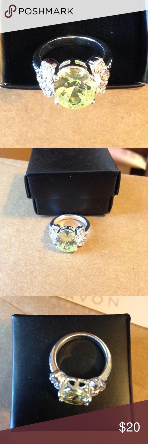 Elegant lady  ring Apple Green size 6 Avon Avon elegant lady cz ring Apple green size 6 new Avon Jewelry Rings