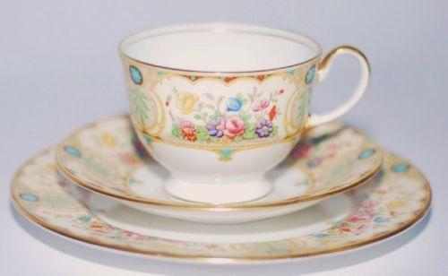 Aynsley-Regina-English-bone-china-teacup-saucer-tea-plate-trio-vintage-replace