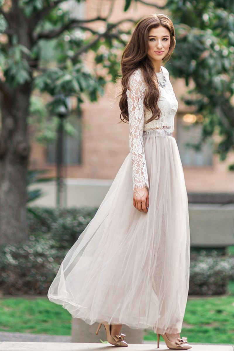Flowy skirt + lace top | Style | Pinterest