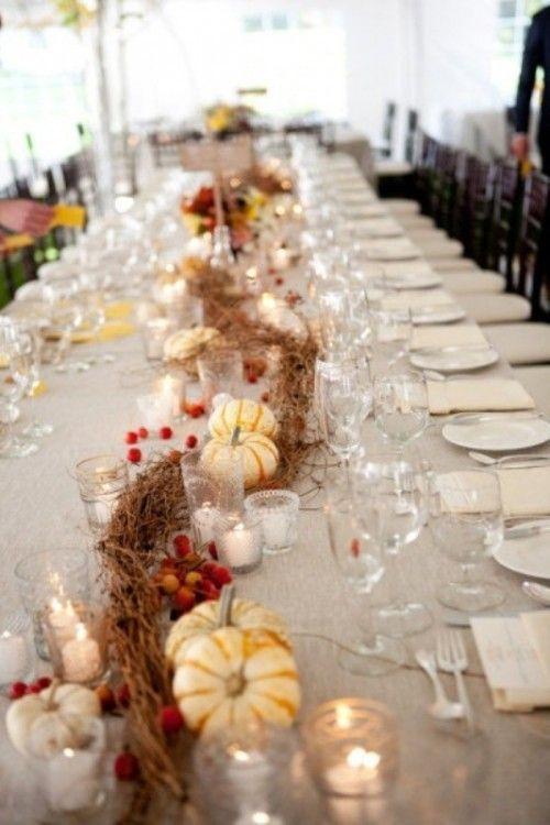 Blumendeko Herbst tischdeko hochzeit herbst ideen mini kürbisse kerzenhalter