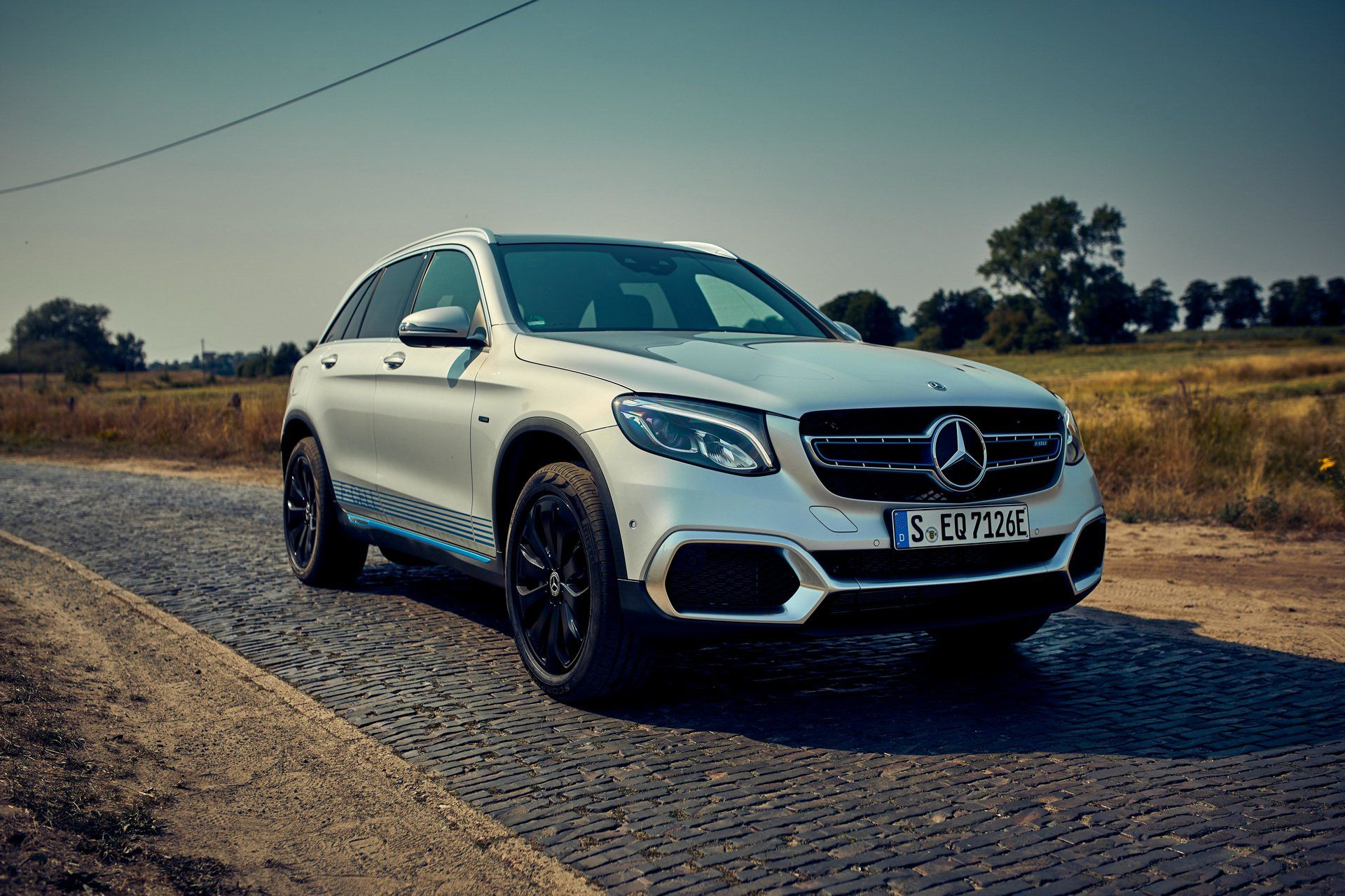 New Mercedes GLC FCell Is The World's First PlugIn