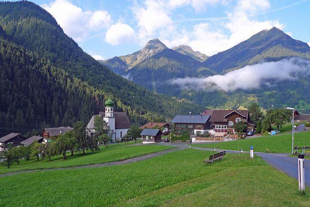 Alpasella Ferienwohnungen, Sankt Gallenkirch, Austria