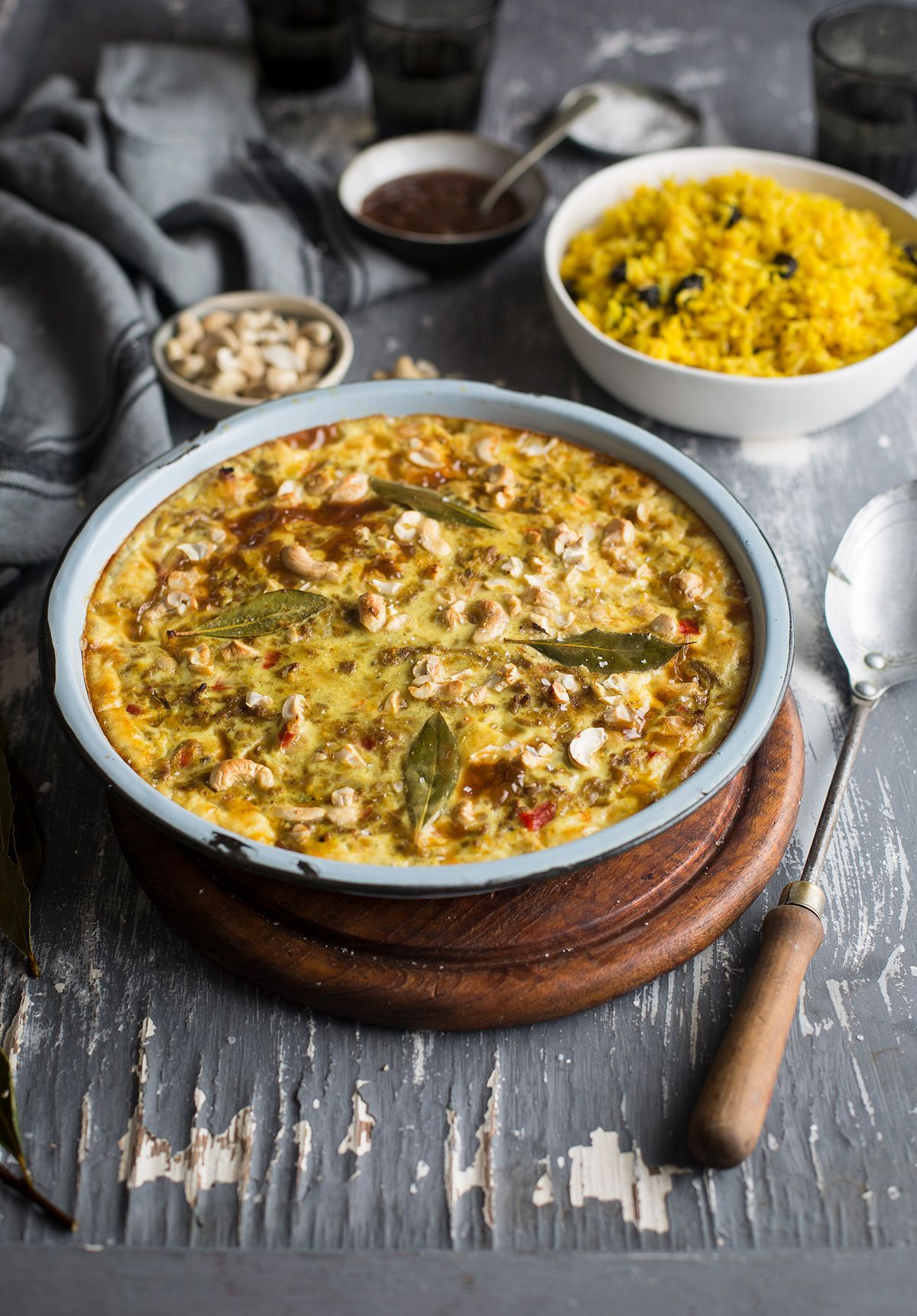 Traditional South African Bobotie Recipe With Fragrant Yellow Rice Drizzle And Dip Recipe South African Bobotie Recipe Bobotie Recipe South Africa African Cooking