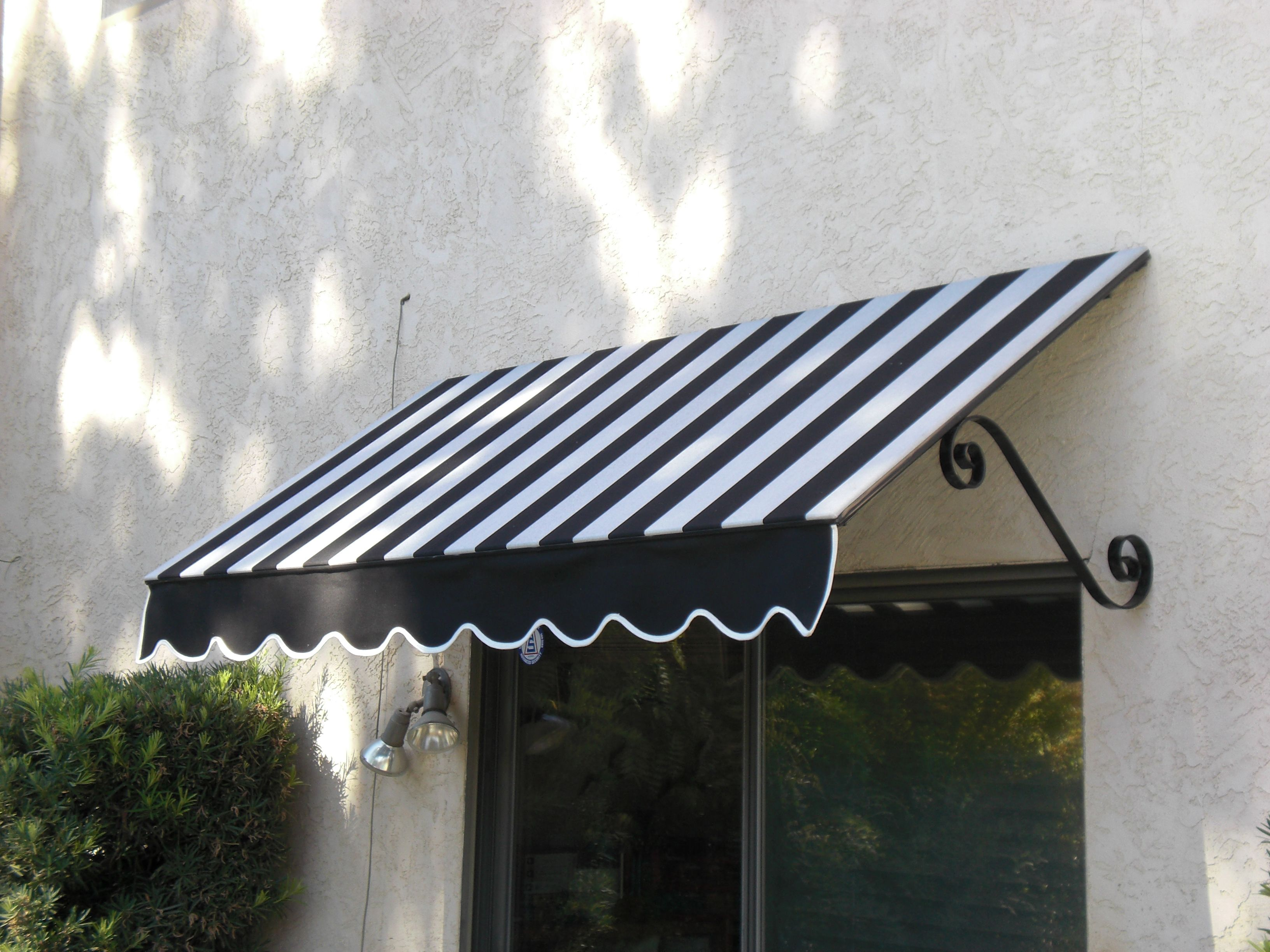 Canvas Window Awnings Window Awnings Outdoor Awnings House Redesign