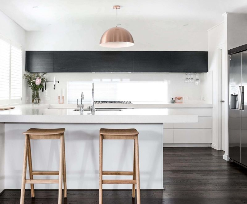 24 Stylish Black And White U Shaped Kitchen