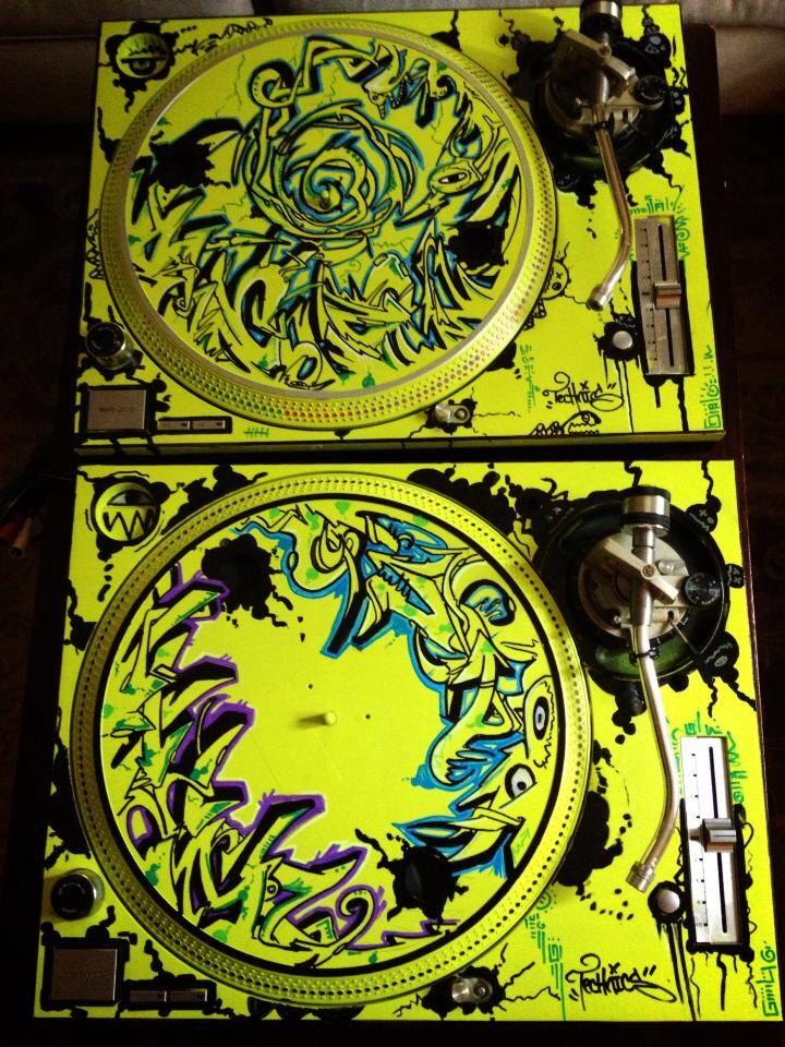 Technic 1200 M3d S With Custom Graffiti Work Dj