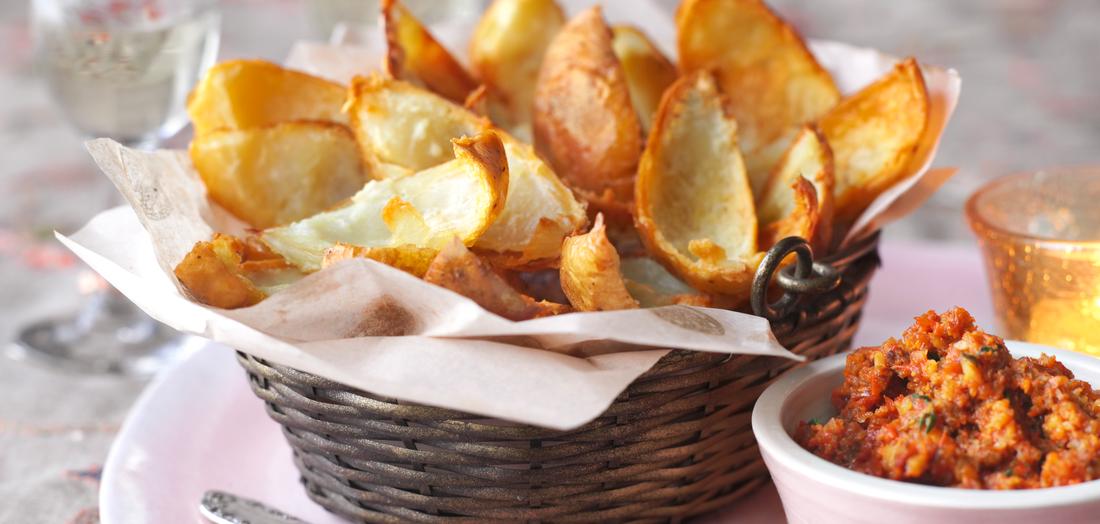 Mandel-Paprika-Dip - http://www.lidl-kochen.de/de/Rezepte/Potato-skins-mit-Mandel-Paprika-Dip