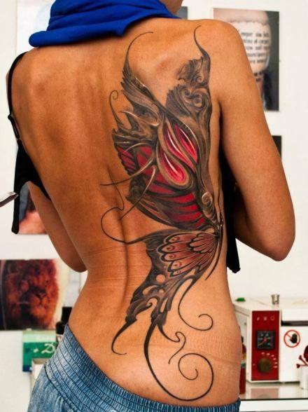 Recouvrant La Moitie Du Dos D Une Femme Le Tatouage D Un Gros