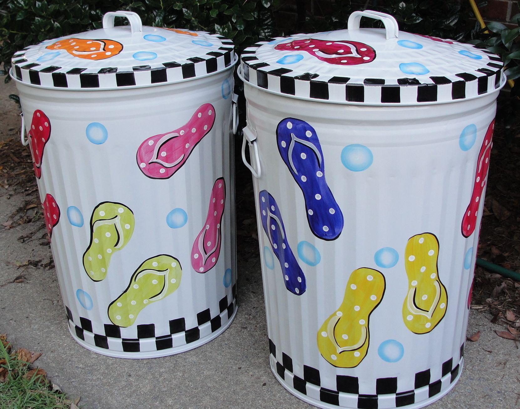 Painted Flip Flops Metal Trash Cans 10 20 30 Gallon Free Shipping