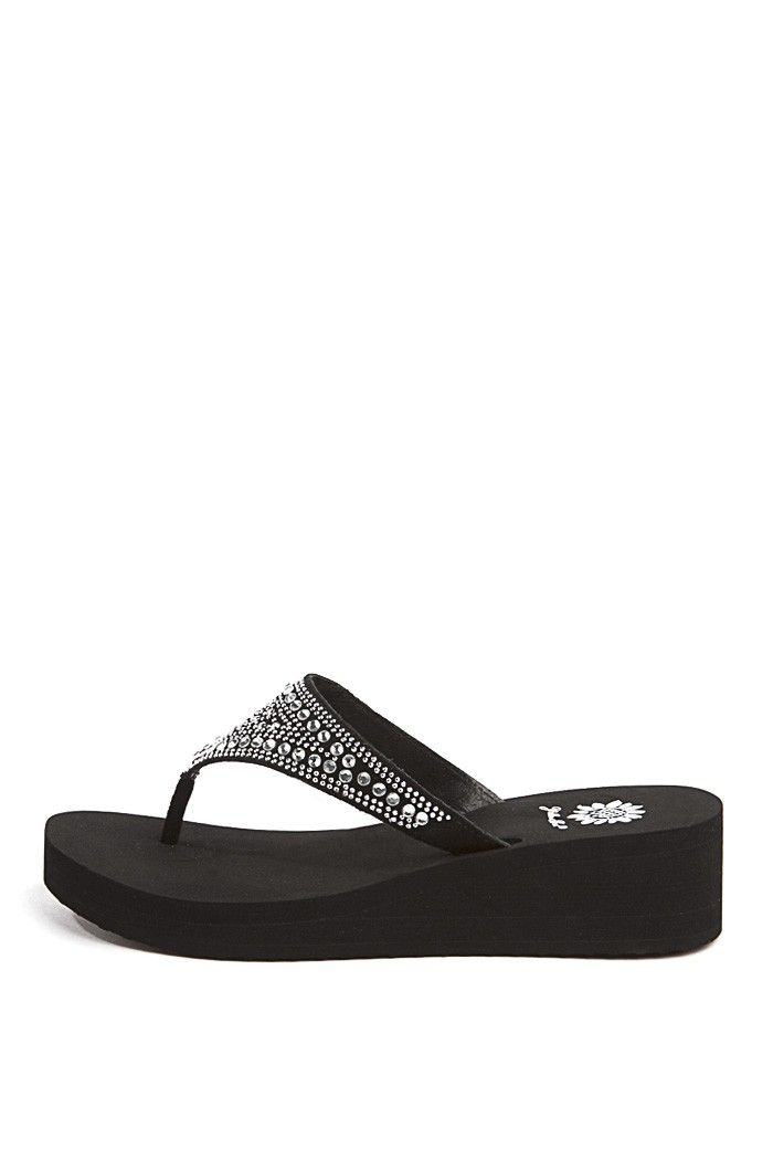 a80709c10e2 Zubin Sandal In Black