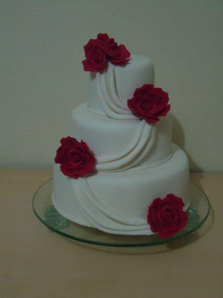Bolo Casamento Decorado Rosas Vermelhas Com Imagens Bolo De
