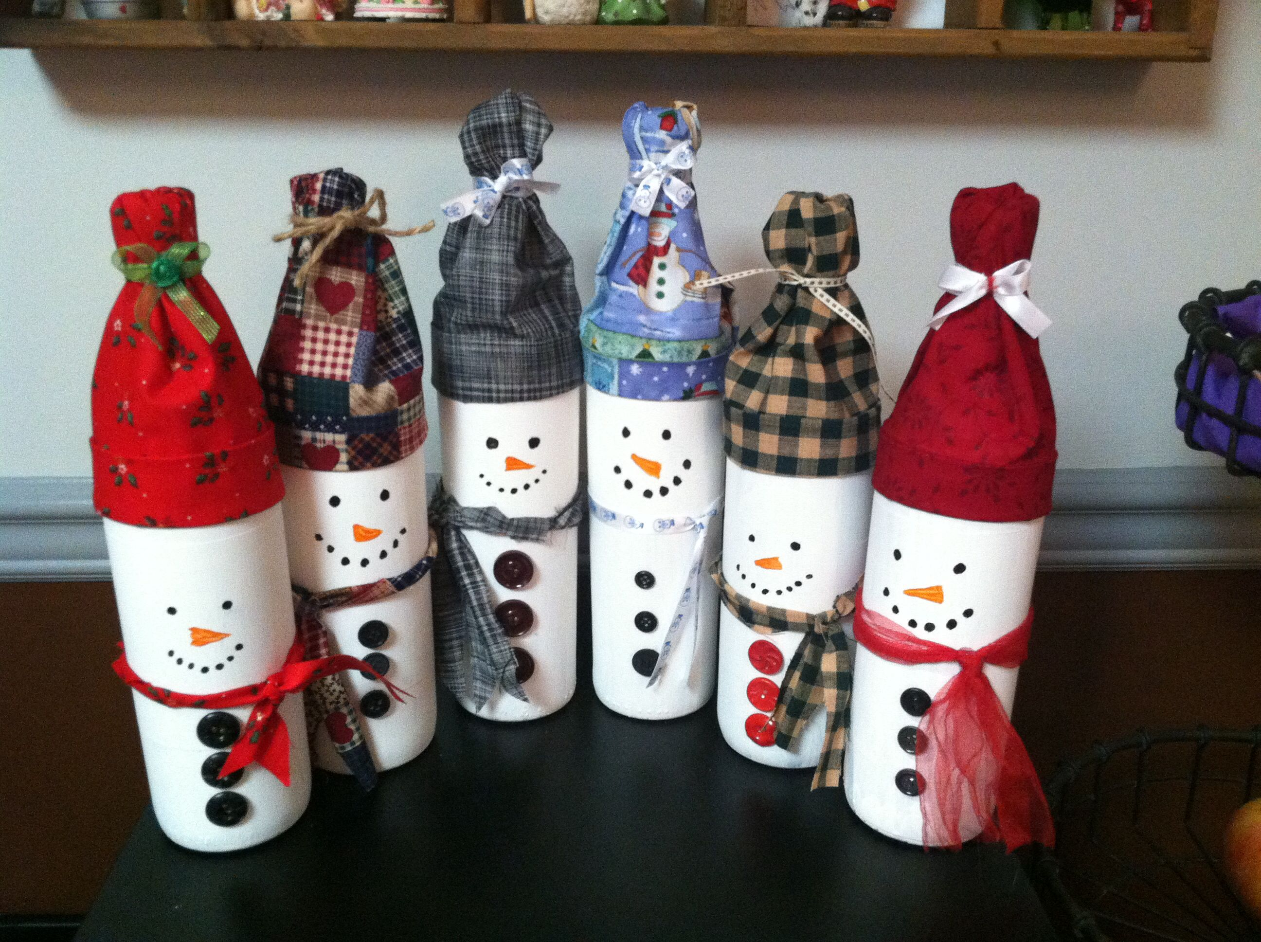Pin By Kendra On Christmas Ideas Bottle Crafts Christmas Wine Bottles Xmas Crafts