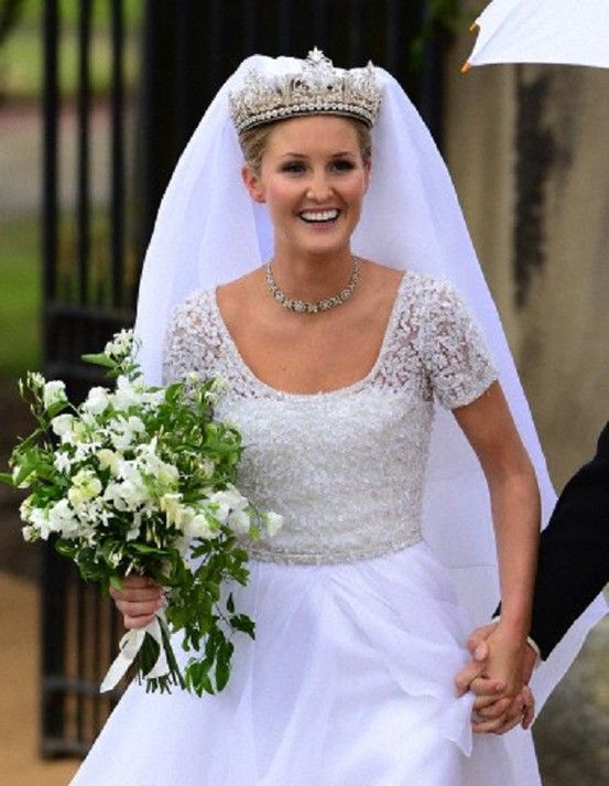 Lady Melissa Percy Departing Her Wedding Ceremony To Mr Thomas Van Straubenzee At St Michael S Church Baliffgate Alnwick Northumberland Uk
