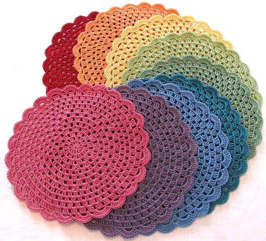 Un blog sobre nuevos formatos de punto y de ganchillo. A blog about new ways of knitting and crocheting.
