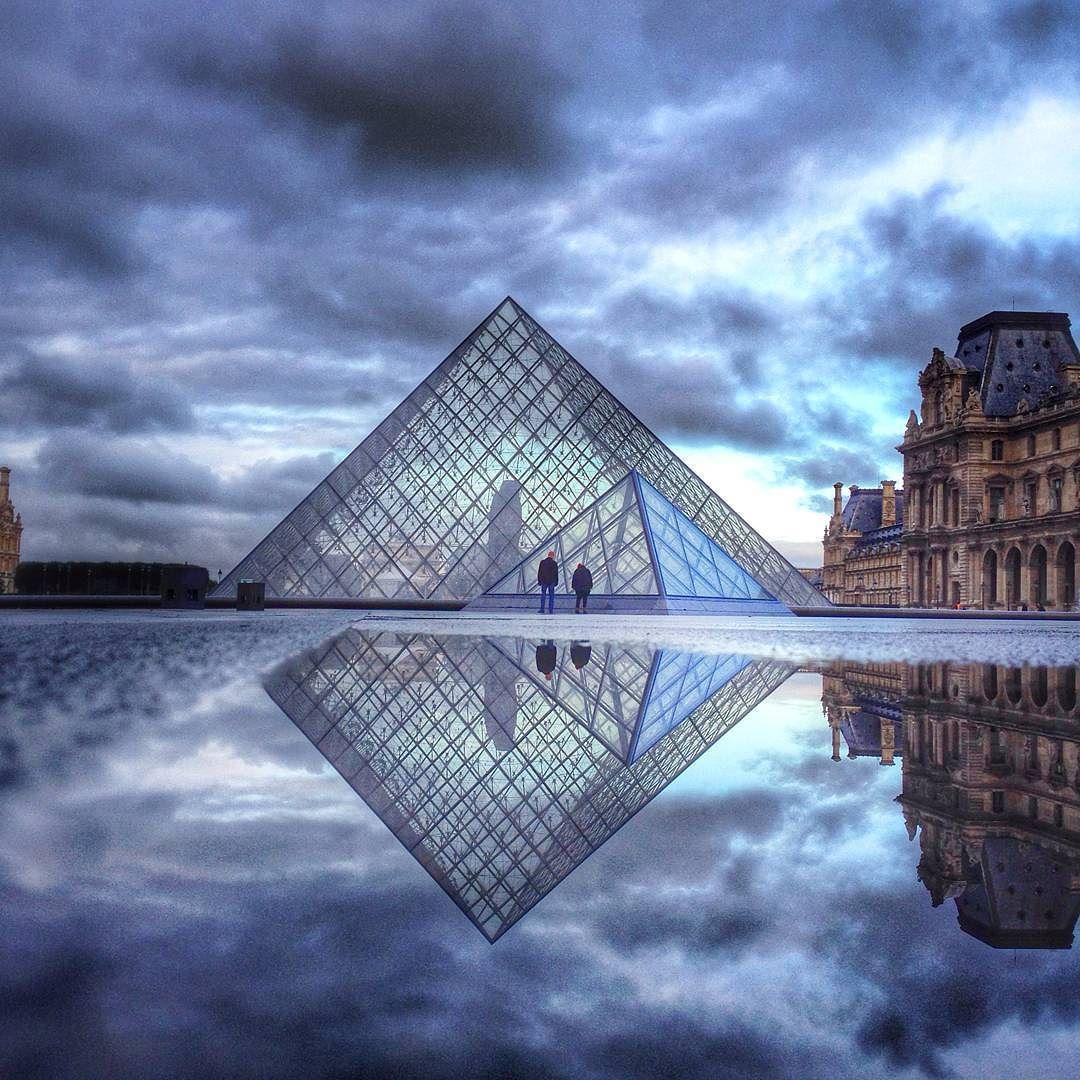Petit Matin Pyramidal Le Louvre Igersparis Igersfrance Louvre Paris Instagram