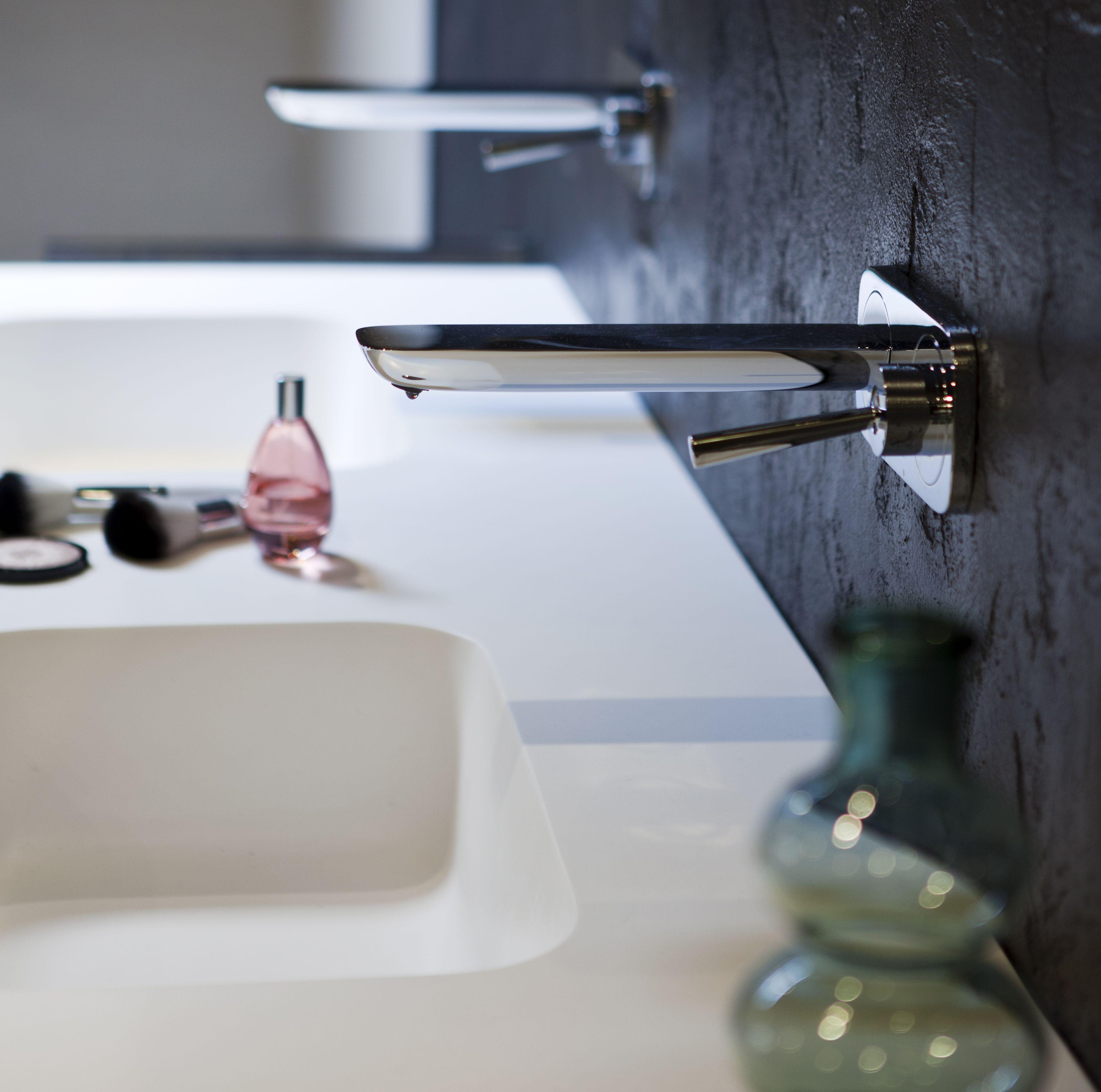 Stijlvolle wastafelkraan in uw natuurlijke badkamer   Natuurlijke ...