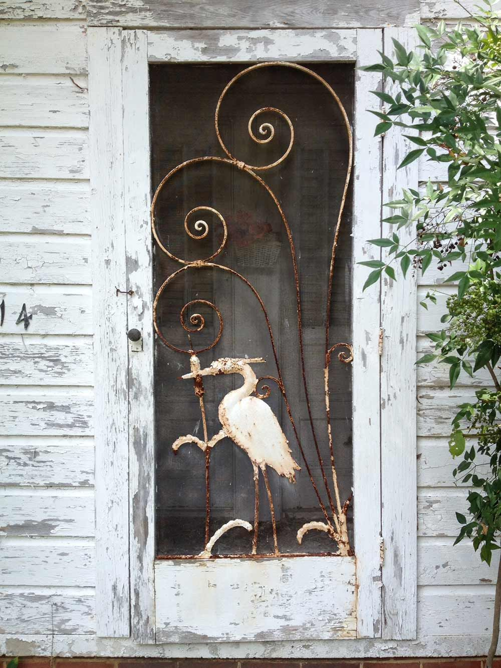 Gabe And Amanda Rescue And Restore A Beautiful Vintage Screen Door