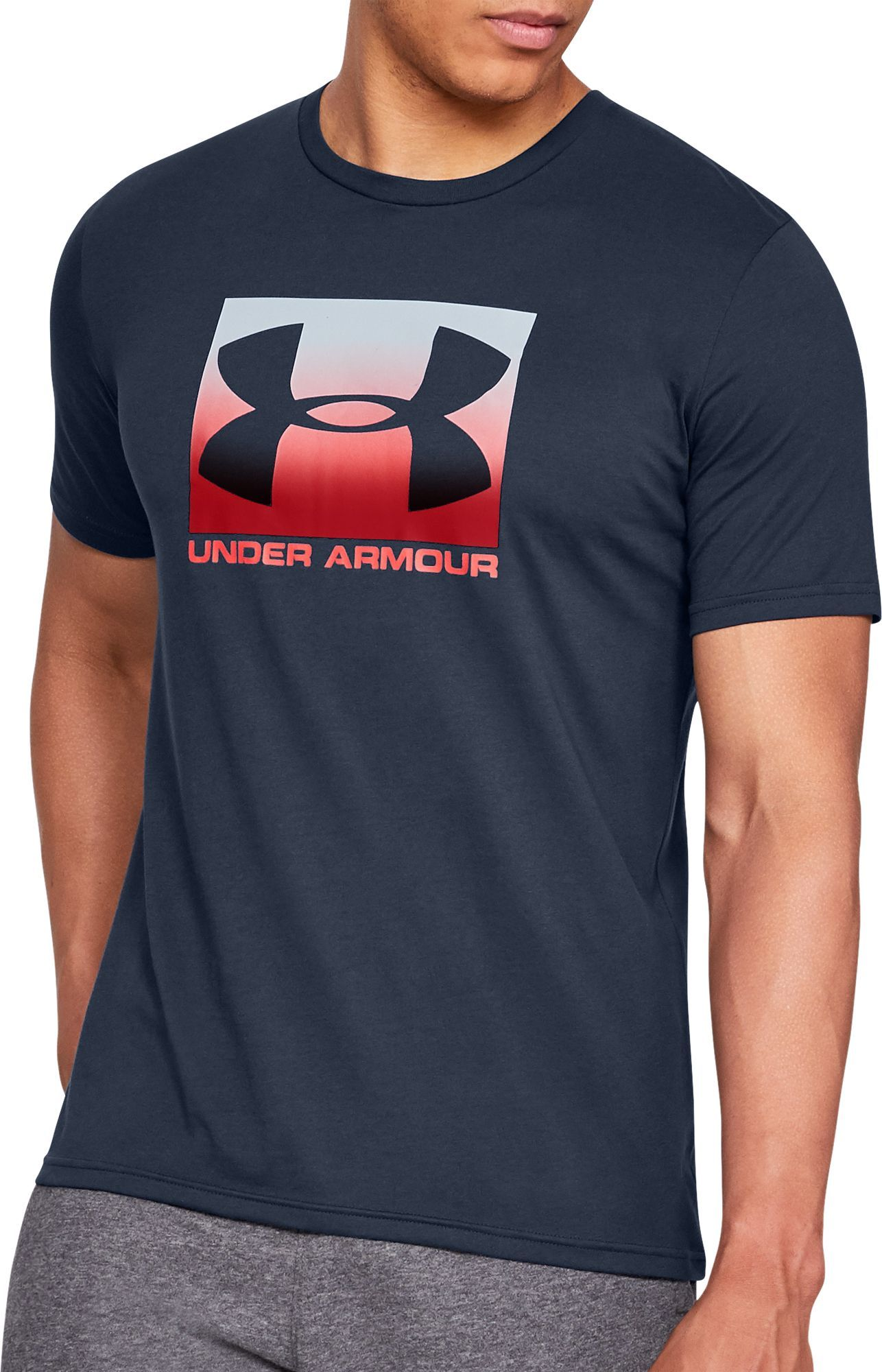 Under Armour UA Boxed Sportstyle Short Sleeve Maglietta Uomo