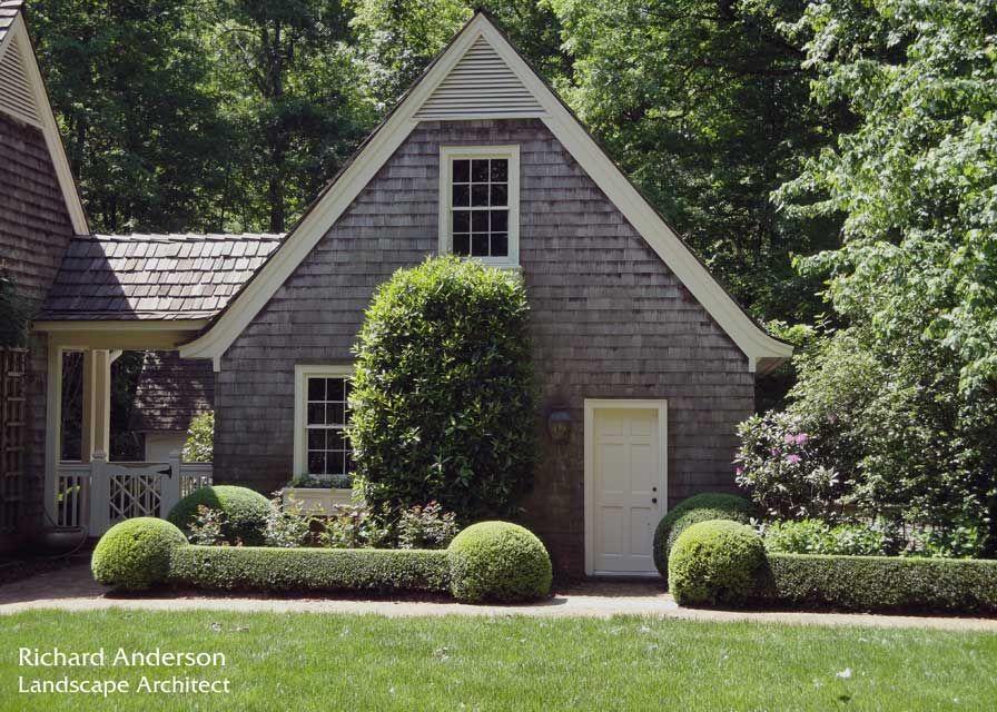 Shingles + landscaping + breezeway | Richard Anderson - Landscape Architect