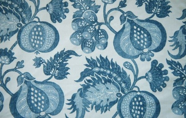 Sanderson China Blue, Laurizon