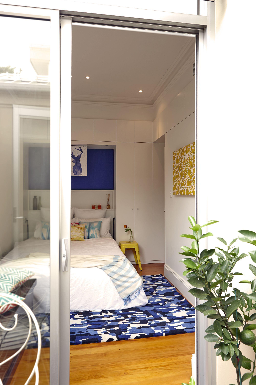 Bedroom Creator Online: Cushion Designer Ellie's Colourful Terrace Home