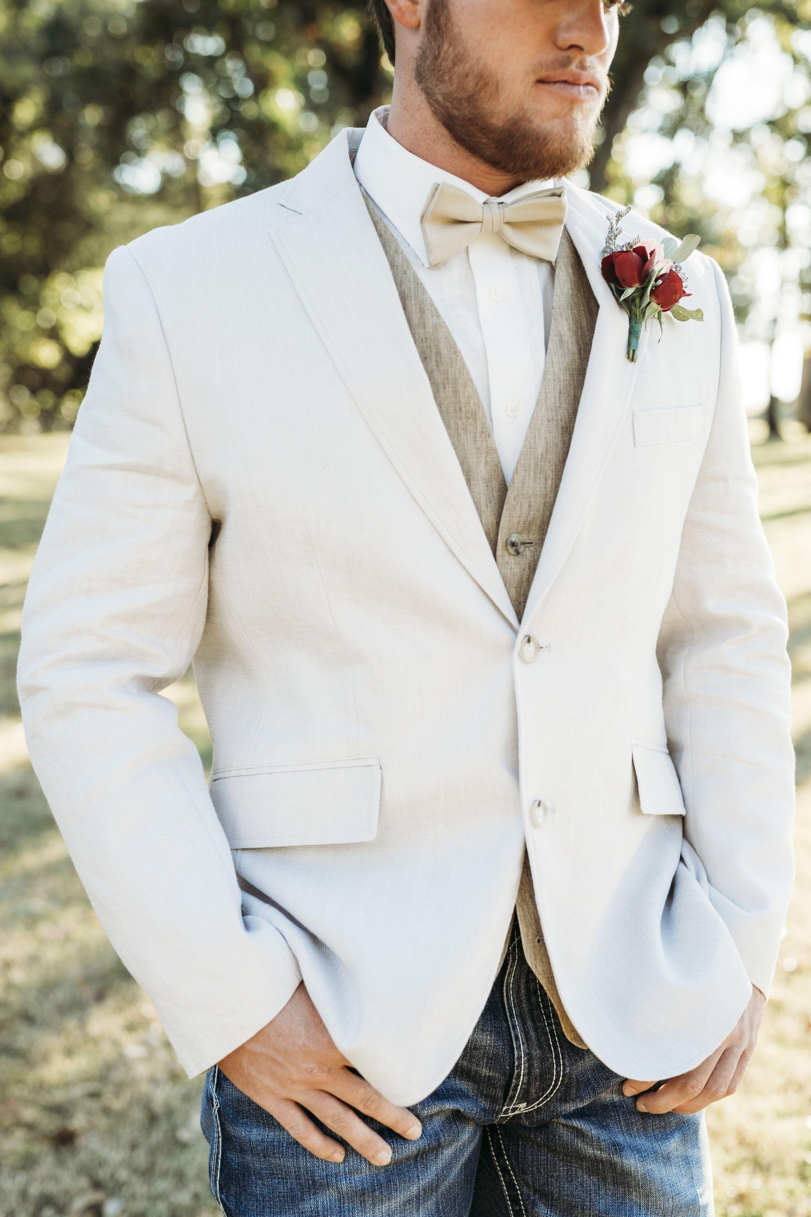 Wedding Venue Norman Oklahoma With Images Country Wedding Groom Oklahoma Wedding Venues Fall Country Wedding
