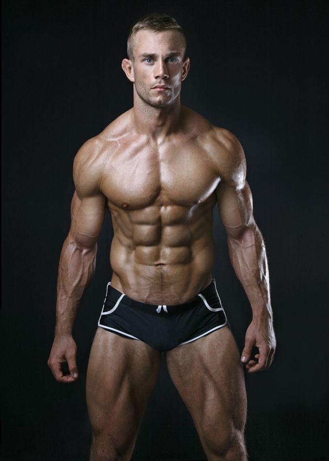 мускулистое мужское тело - 11