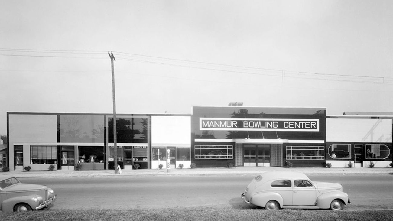 In Our Series Raleigh Reframed North Carolina Archivist Ian F G Dunn Will Provide And Contextualize A Historic Photo Of Raleigh Hillsborough Bowling Street