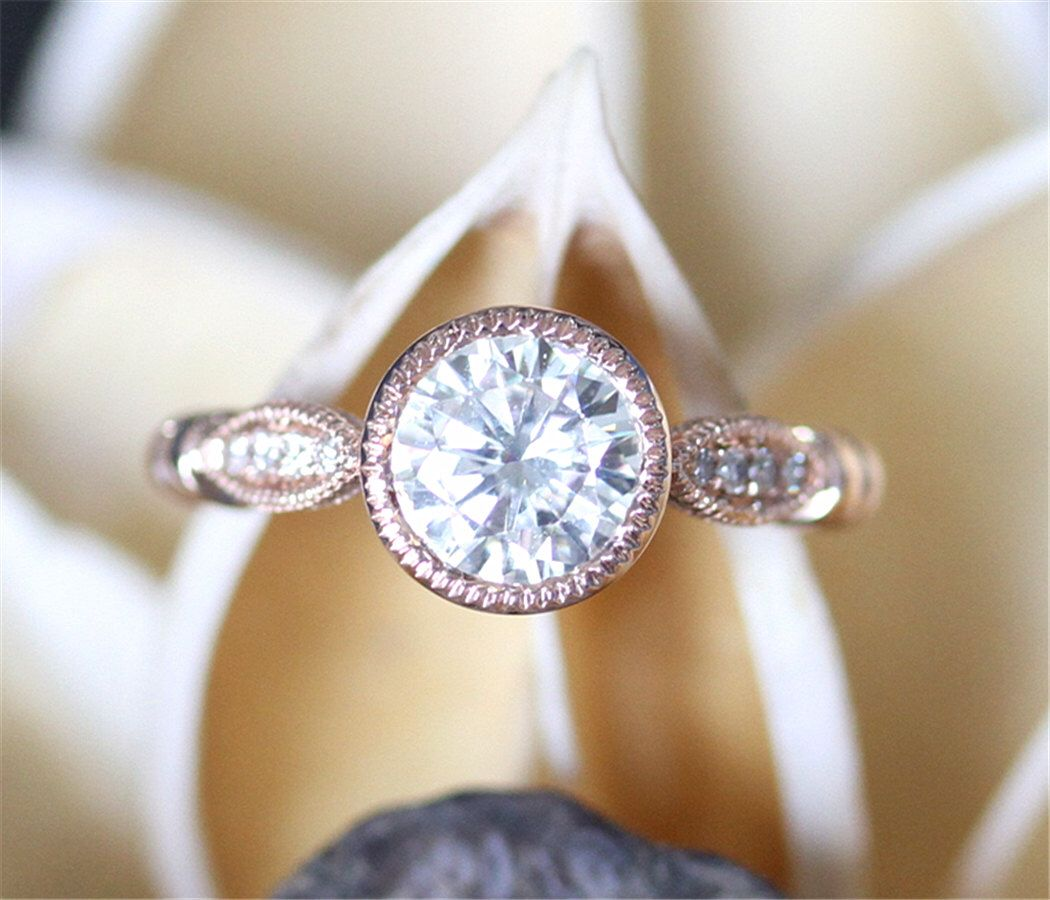 2cfd2f99d39aa Pin by Alexandra Canon on Ring | Bezel ring, Moissanite rings ...