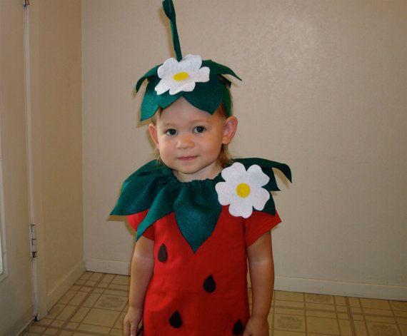 Kids diy strawberry do it yourself kids costume halloween costume kids diy strawberry do it yourself kids costume halloween costume strawberry costume solutioingenieria Choice Image
