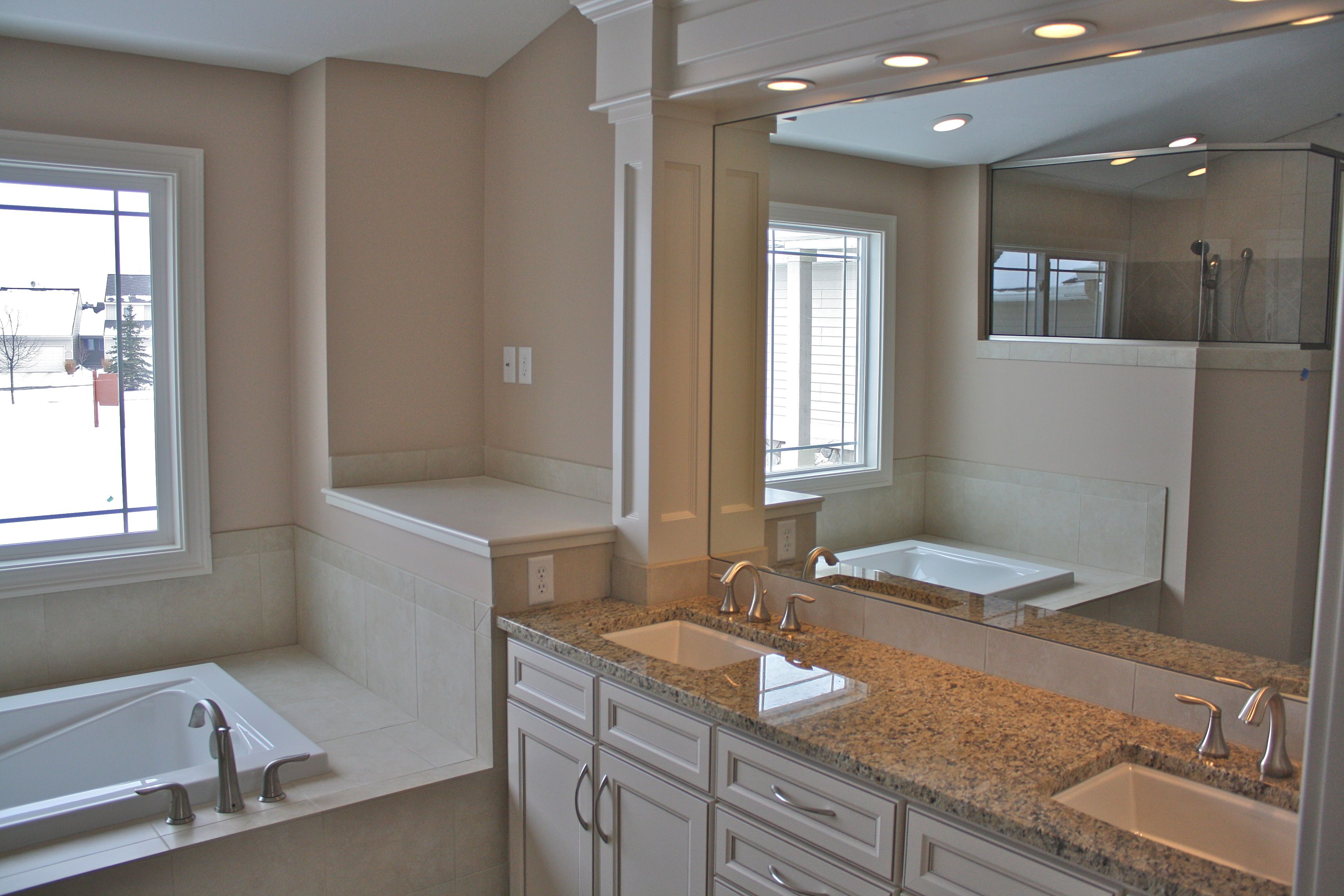 Re bath vanity home and garden show re bath for Master bathroom designs